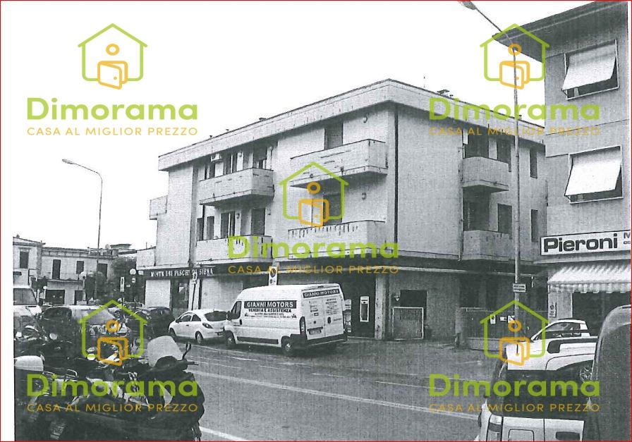 Appartamento da ristrutturare in vendita Rif. 10910691