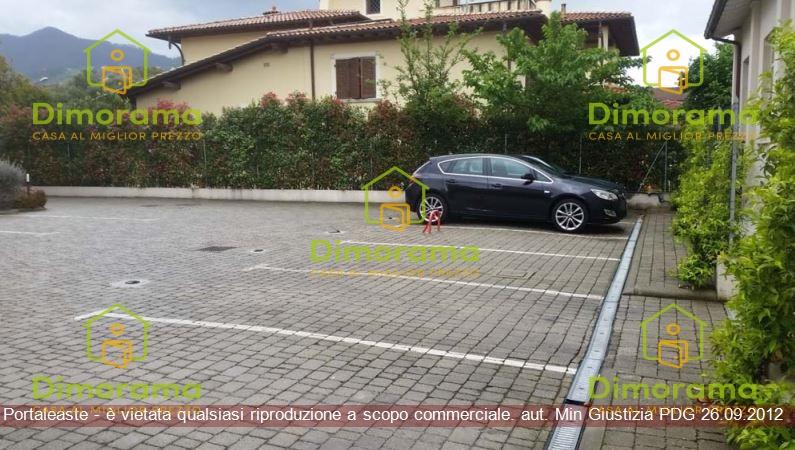 Box e posti auto in vendita Rif. 11273929