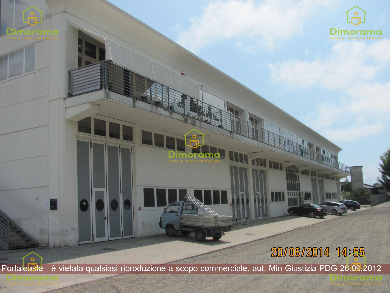 Box e posti auto in vendita Rif. 11350644