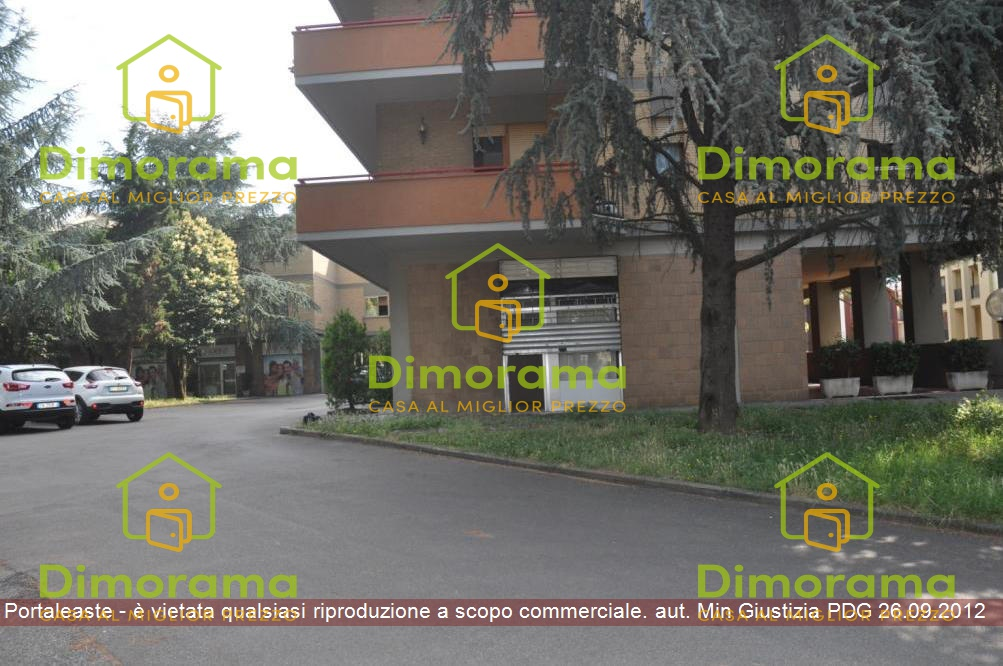 Magazzino - capannone in vendita Rif. 11638712