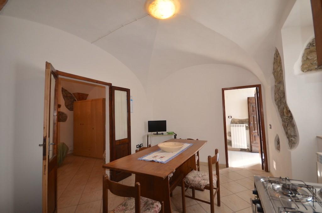 Appartamento CASTELNUOVO DI VAL DI CECINA V288