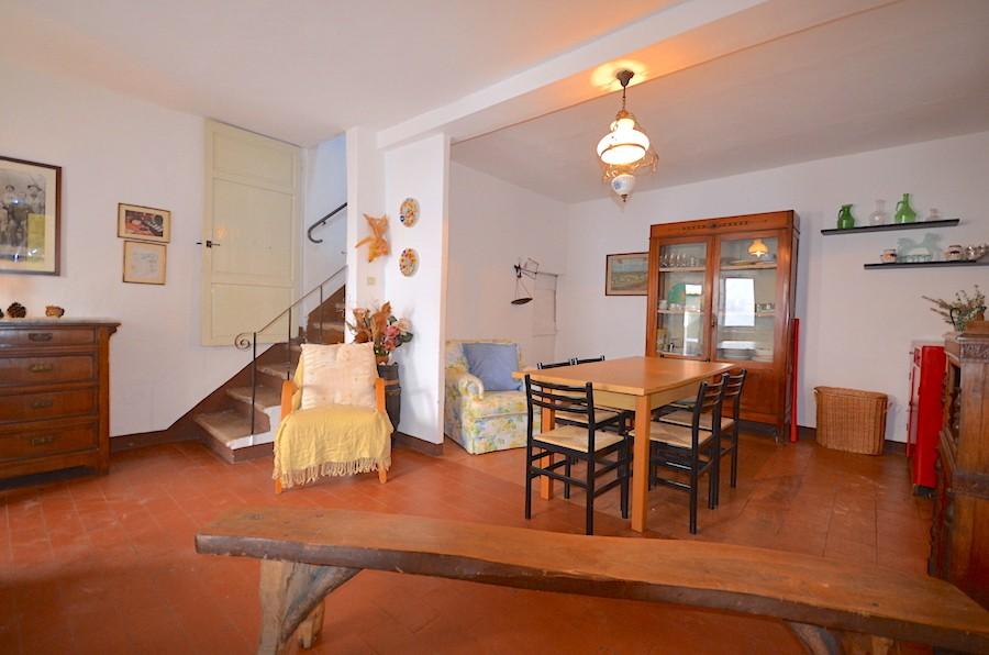 Appartamento CASTELLINA MARITTIMA V402