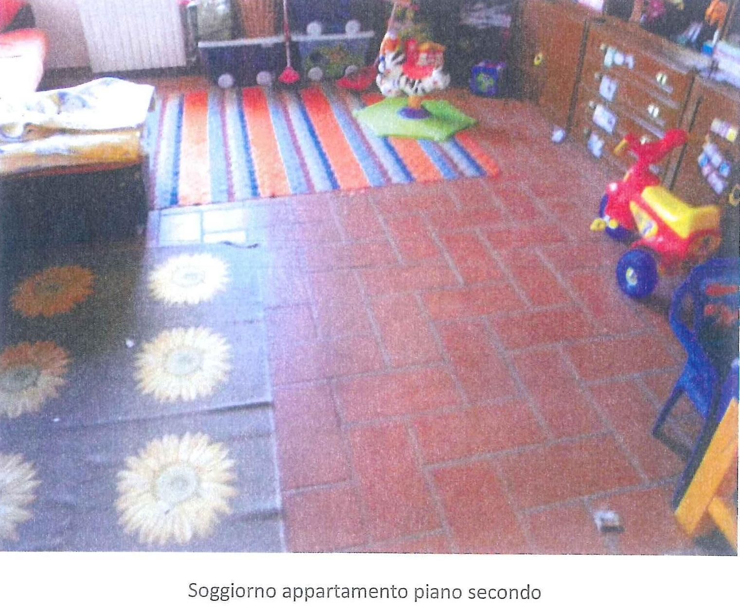 Negozio / Locale in vendita a Gavirate, 9999 locali, prezzo € 21.000 | PortaleAgenzieImmobiliari.it