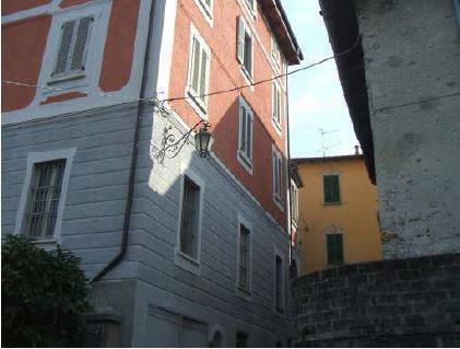 Bilocale Porto Valtravaglia Via Roma, 27 1