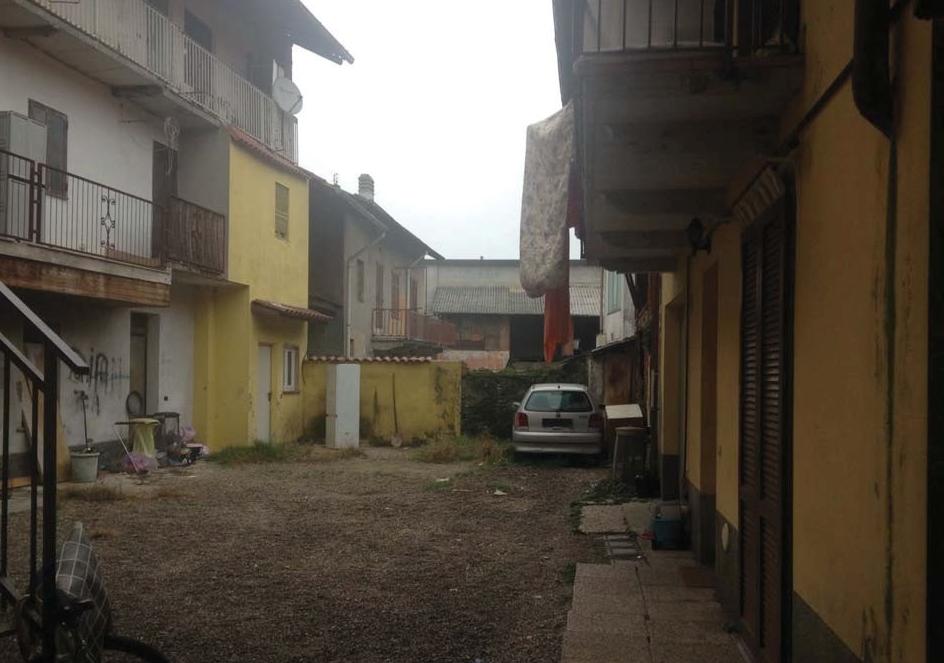Bilocale Lonate Pozzolo Via Giuseppe Garibaldi, 1 1