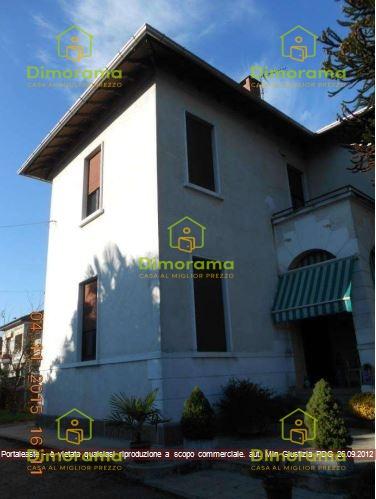 Appartamento in vendita Via IV Novembre 8 Cavaria con Premezzo