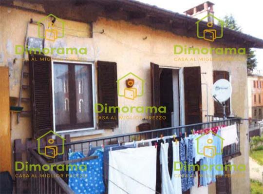 Appartamento in vendita via Roma, 3 Bisuschio