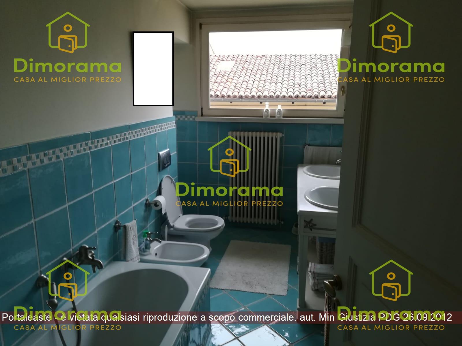 Appartamento in ottime condizioni in vendita Rif. 11804986