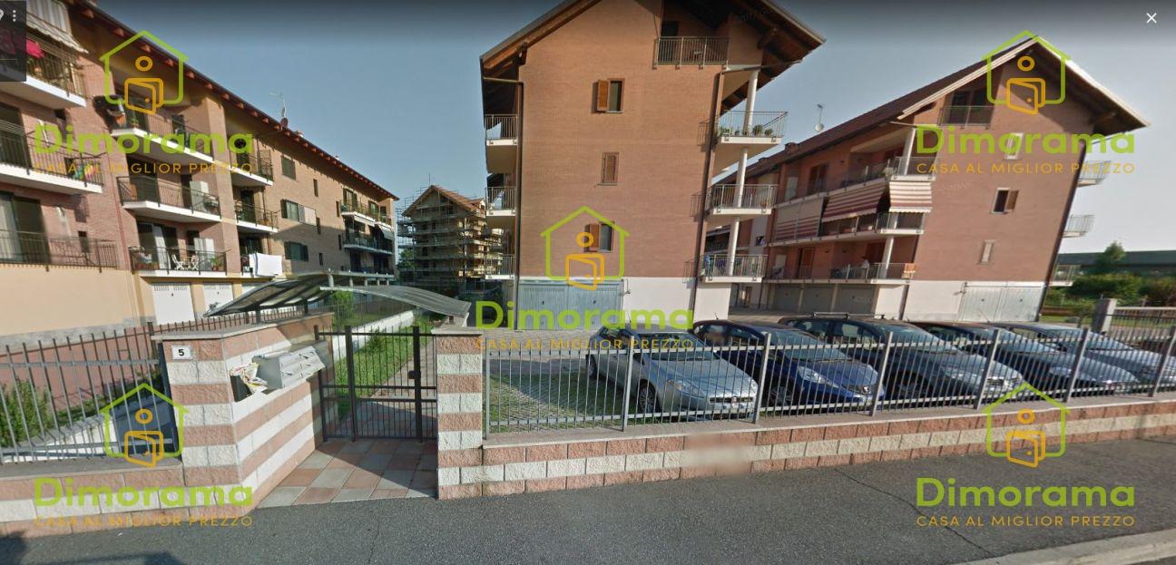 Appartamento da ristrutturare in vendita Rif. 11236503