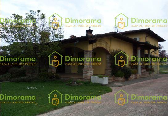 Villa in buone condizioni in vendita Rif. 11417439