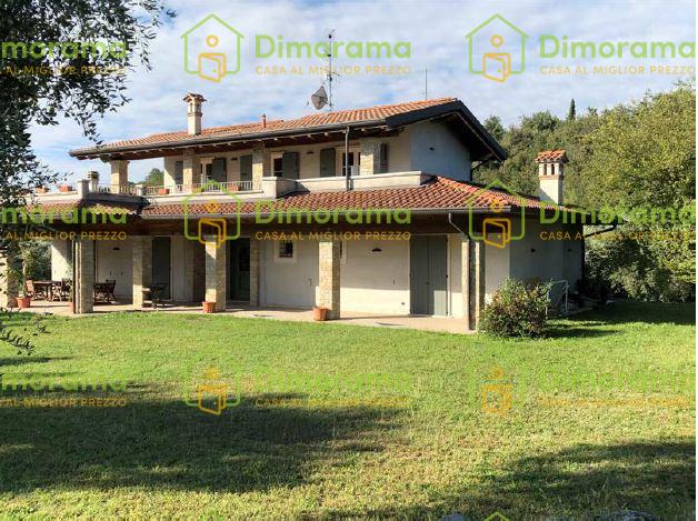 Villa in ottime condizioni arredato in vendita Rif. 11381452