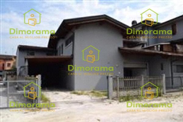 Magazzino - capannone in vendita Rif. 11542726