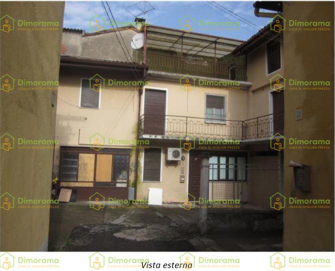 Casa Indipendente in buone condizioni in vendita Rif. 11381446