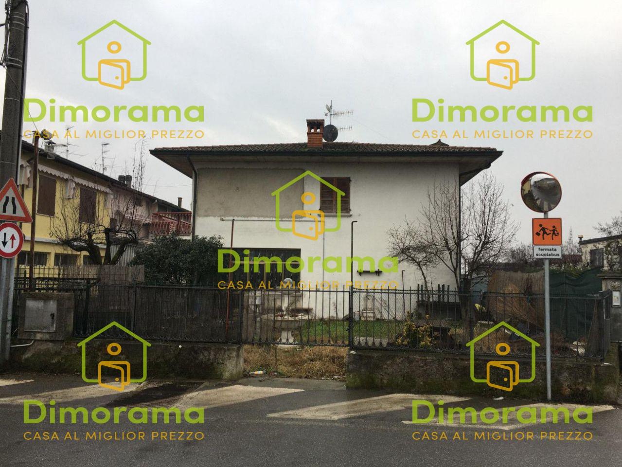 Appartamento in discrete condizioni in vendita Rif. 10507390