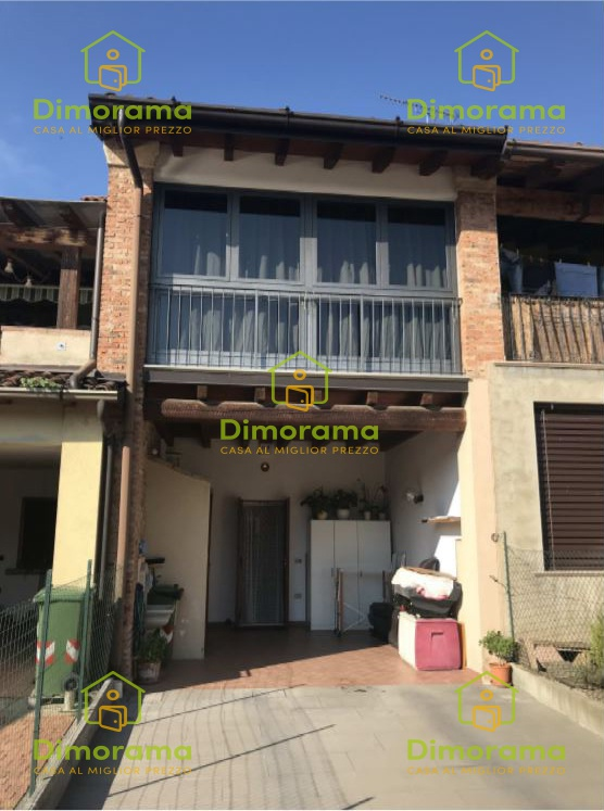Appartamento in ottime condizioni in vendita Rif. 11593401