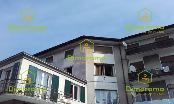 Appartamento in discrete condizioni in vendita Rif. 10893772
