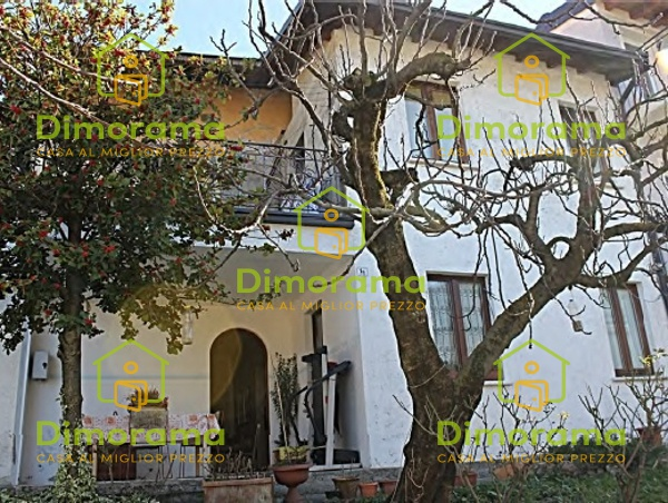 Casa Indipendente in discrete condizioni in vendita Rif. 11026986
