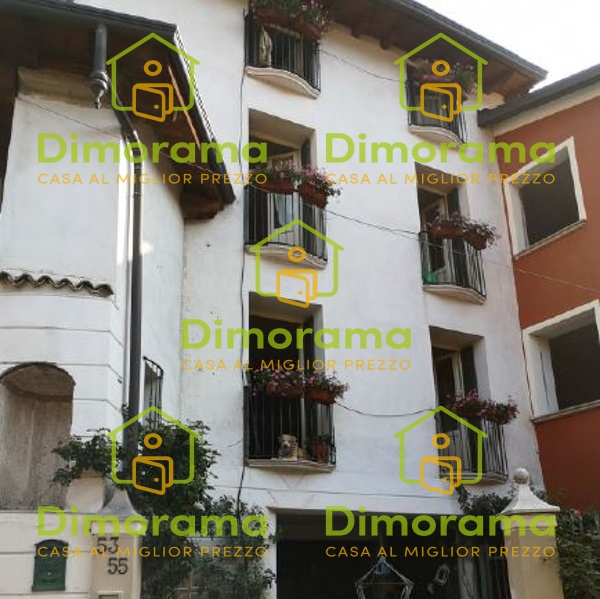 Casa Indipendente in ottime condizioni in vendita Rif. 11310503