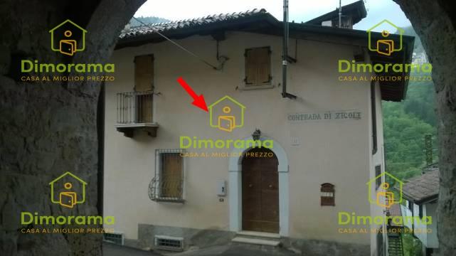Casa Indipendente in buone condizioni in vendita Rif. 11375270