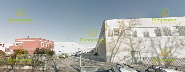 Magazzino - capannone in buone condizioni in vendita Rif. 11424266