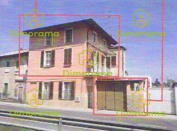 Appartamento in buone condizioni in vendita Rif. 12092125