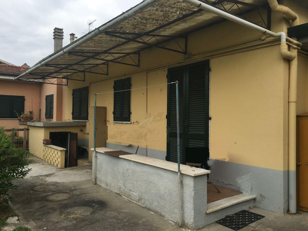 Villa bifamiliare FORTE DEI MARMI CV 55