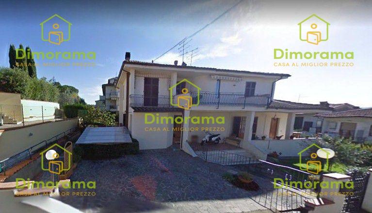 Appartamento in buone condizioni in vendita Rif. 10498103