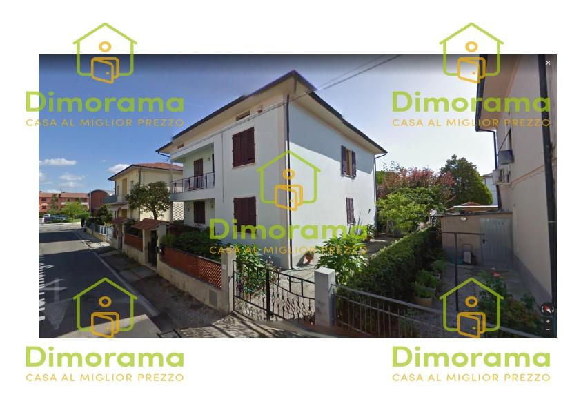 Appartamento in buone condizioni in vendita Rif. 11733099