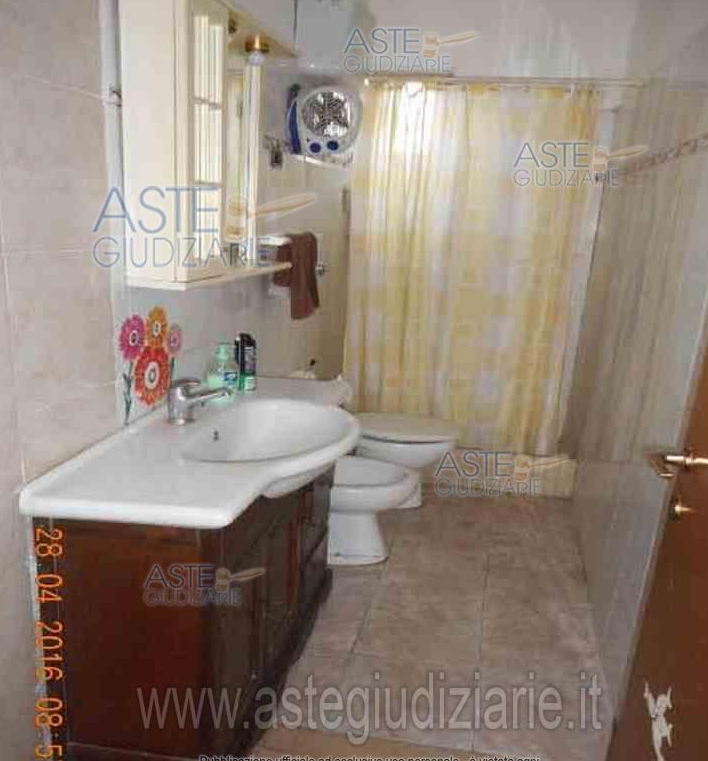 vendita villa anzio   130000 euro  5 locali  140 mq