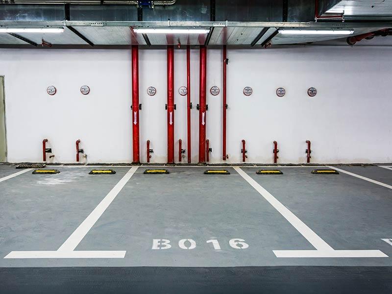 Box auto monolocale in vendita a Guidonia Montecelio (RM)
