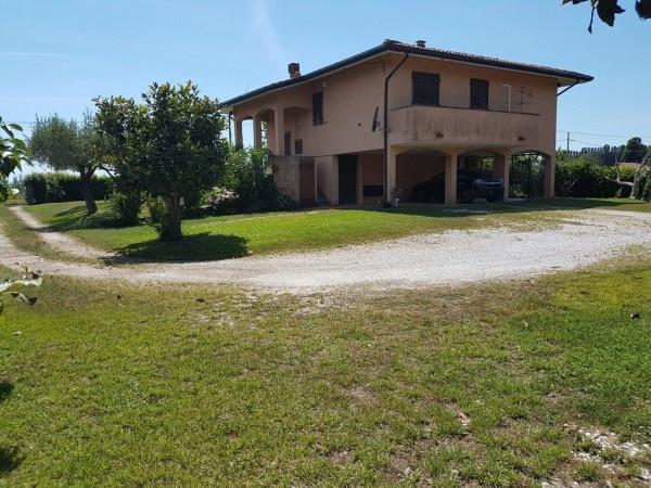 Villa singola PIETRASANTA P004