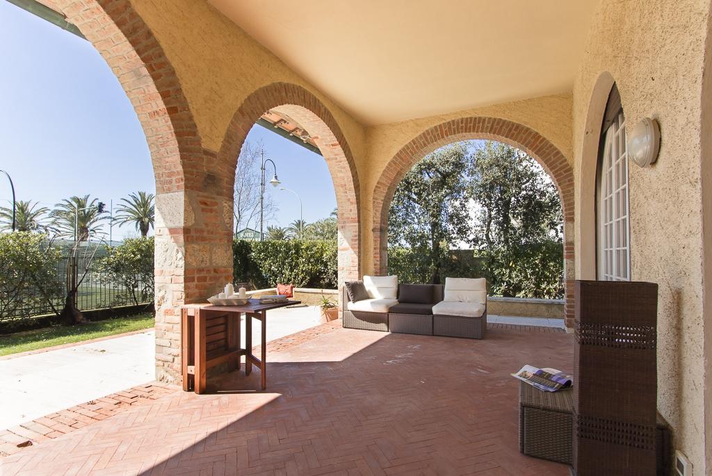 Villa singola PIETRASANTA P020