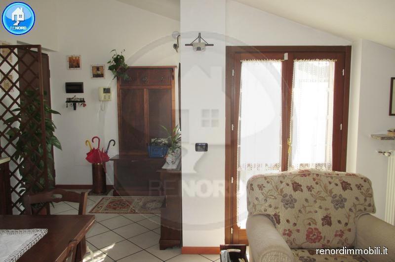 Bilocale Albuzzano Via Della Cornice 12