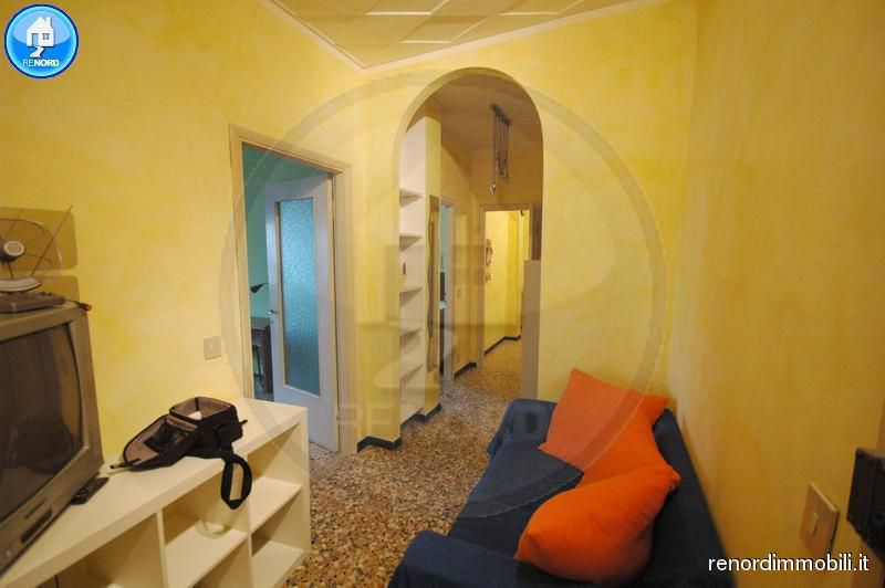 Bilocale Pavia Via San Pietro In Verzolo 3