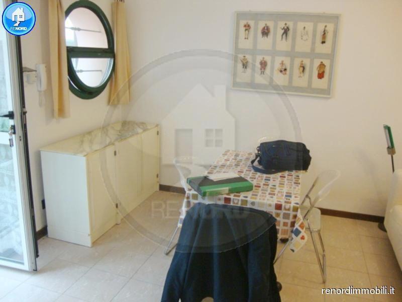 Bilocale Pavia Via Aselli 10
