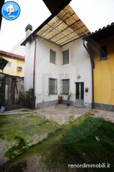 Bilocale Villanterio Via Lambro 13