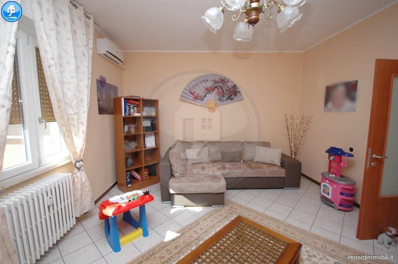 Appartamento ristrutturato in vendita Rif. 9050228