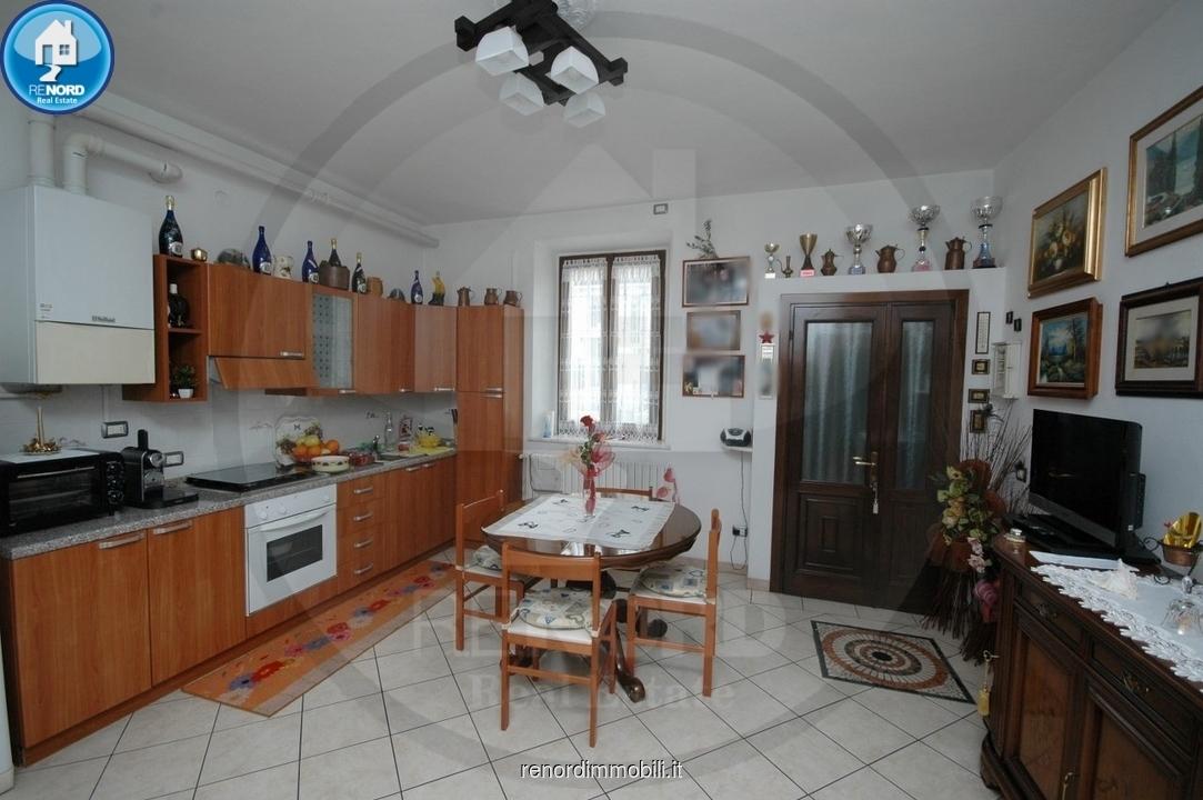 Soluzione Indipendente in vendita a Inverno e Monteleone, 6 locali, prezzo € 270.000 | CambioCasa.it