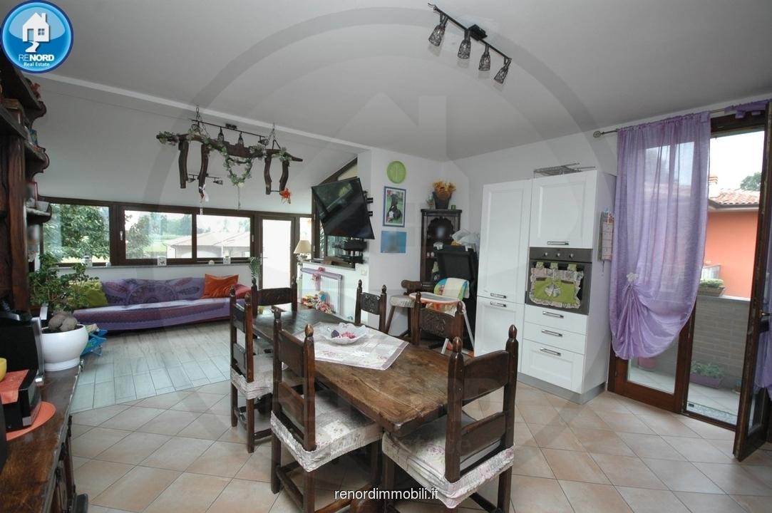 Appartamento in vendita a Magherno, 3 locali, prezzo € 128.000 | CambioCasa.it