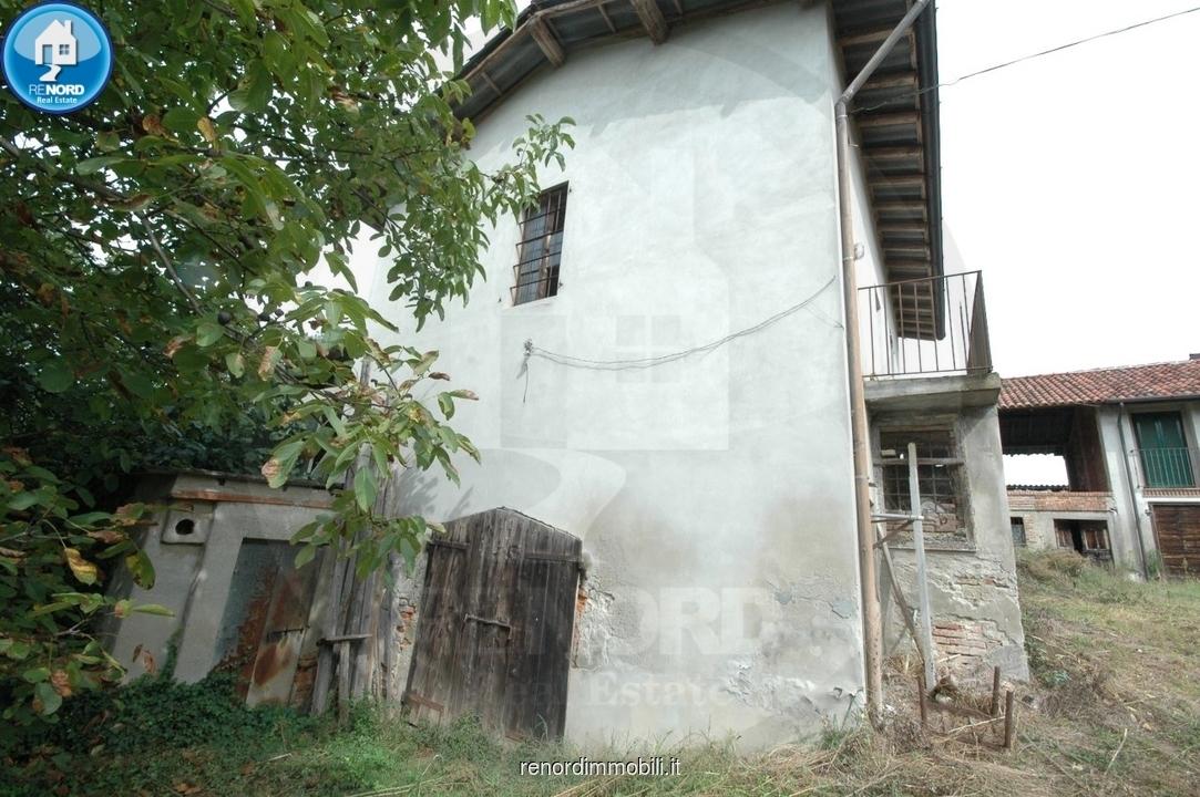 Rustico / Casale in vendita a Miradolo Terme, 6 locali, prezzo € 29.000   CambioCasa.it