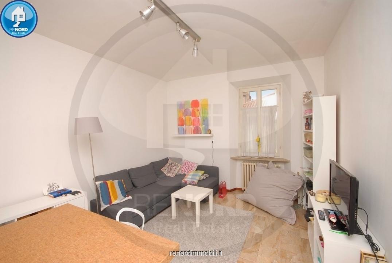 Appartamento in buone condizioni arredato in affitto Rif. 10693853
