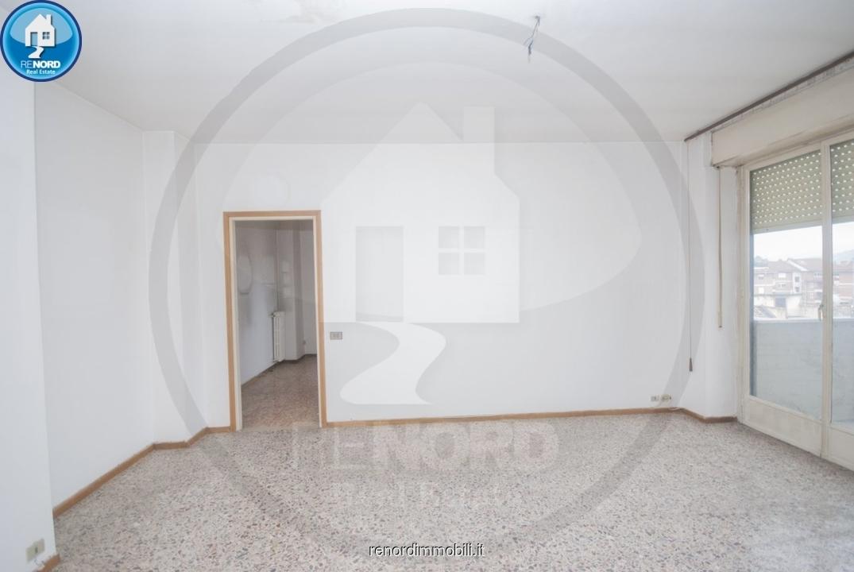 Appartamento in vendita a Broni, 3 locali, prezzo € 80.000   CambioCasa.it