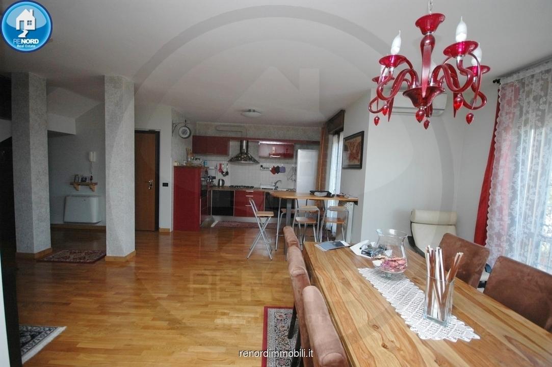 Appartamento in vendita a Vistarino, 4 locali, prezzo € 150.000   CambioCasa.it