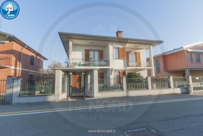 Villa in buone condizioni in vendita Rif. 8969748