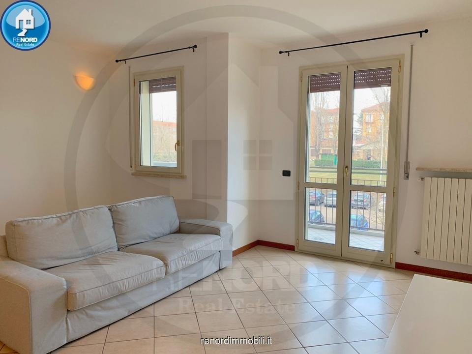 Appartamento in buone condizioni in vendita Rif. 9313359