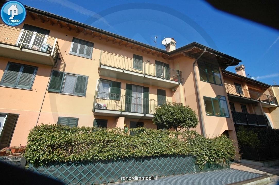Appartamento in vendita a Landriano, 3 locali, prezzo € 119.000   CambioCasa.it