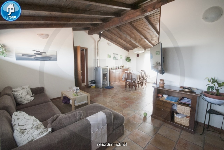 Appartamento in vendita a Albuzzano, 4 locali, prezzo € 119.000 | CambioCasa.it