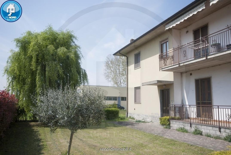 Appartamento da ristrutturare in vendita Rif. 10070315