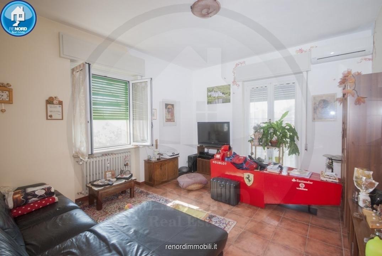 Appartamento in buone condizioni in vendita Rif. 10741702