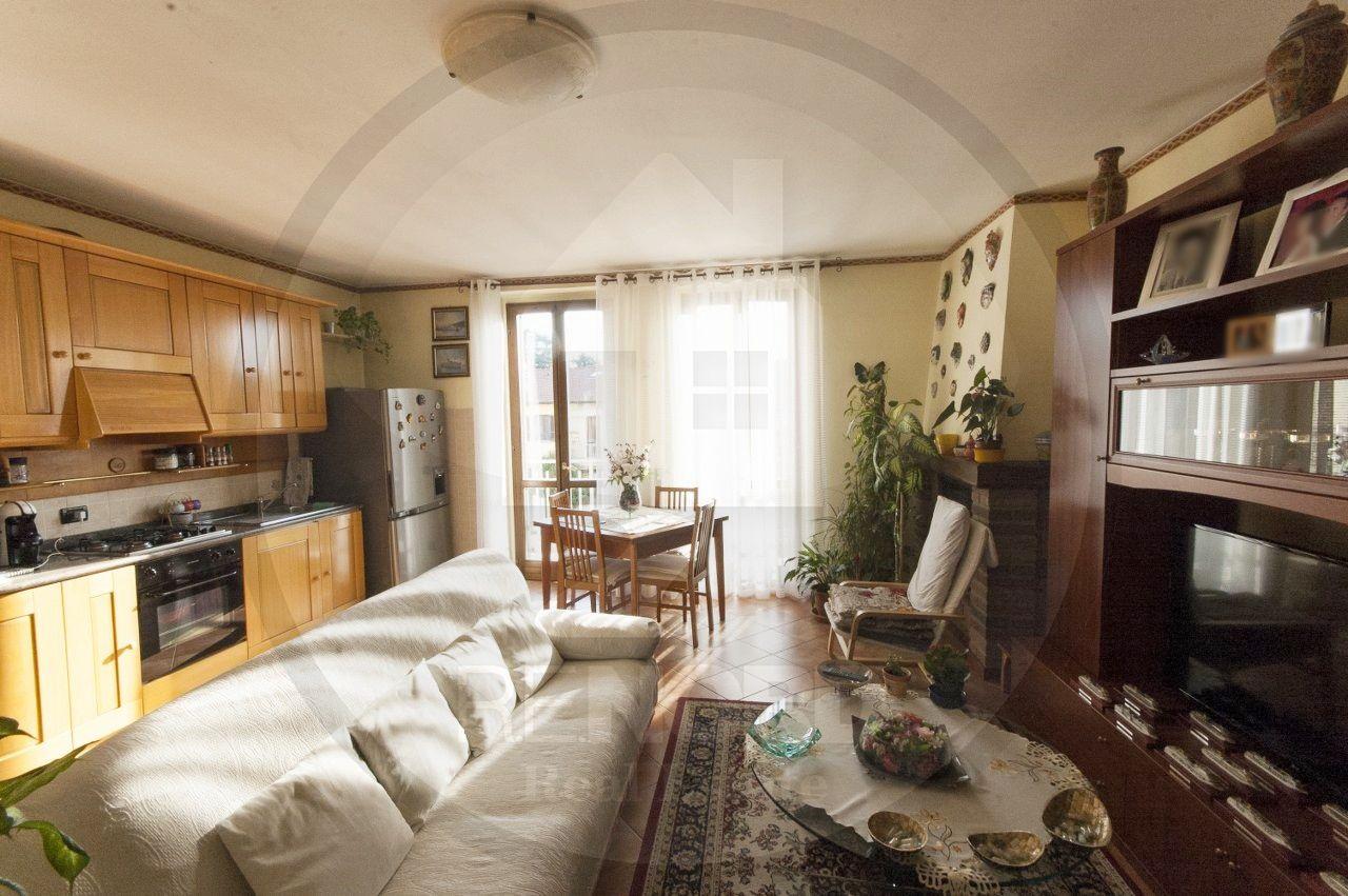 Appartamento in vendita a Copiano, 3 locali, prezzo € 88.000 | CambioCasa.it